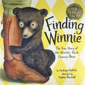 Review: Finding Winnie by Lindsay Mattick, illustrated by SophieBlackall